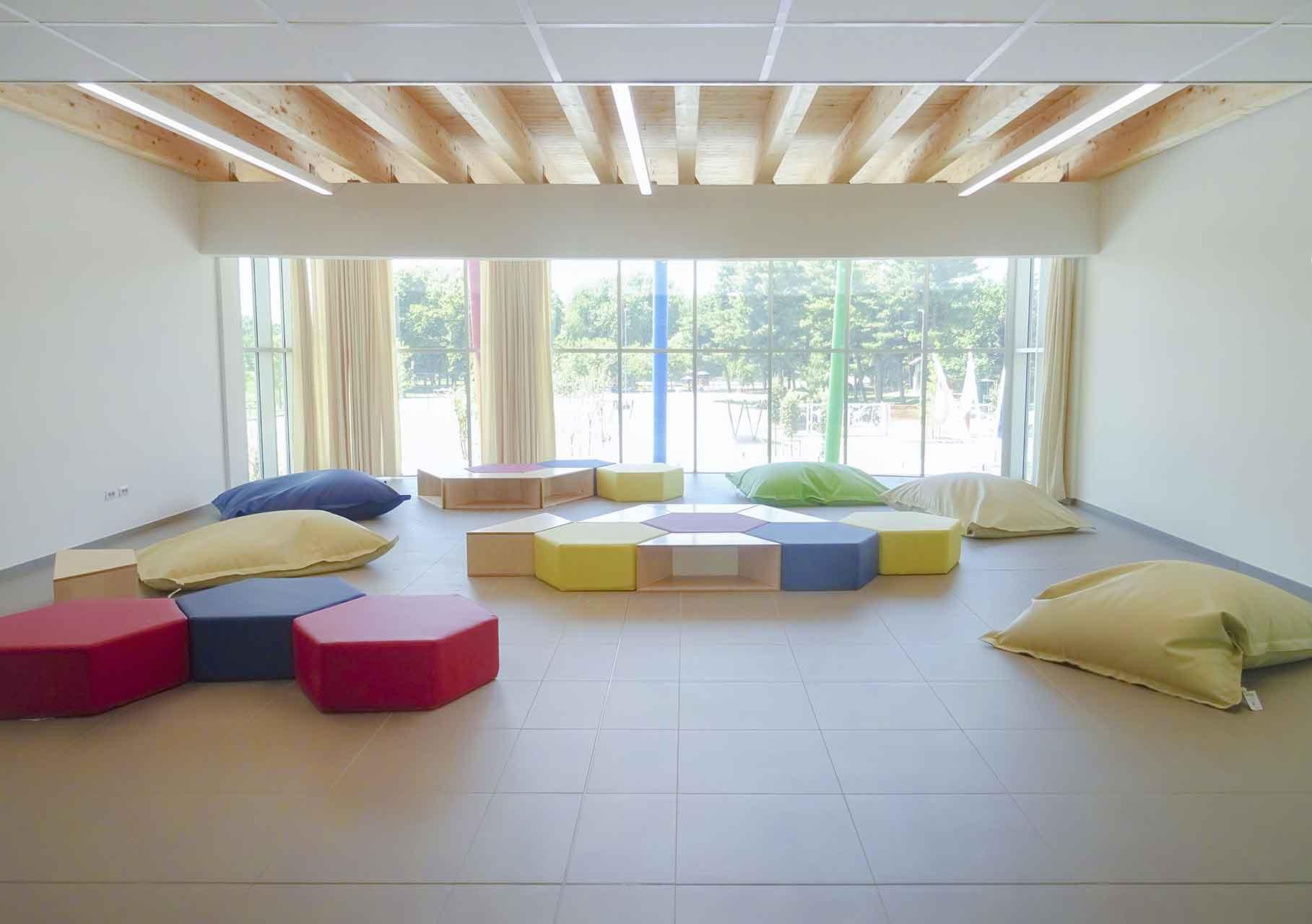 Scuola elementare Viscontini interni